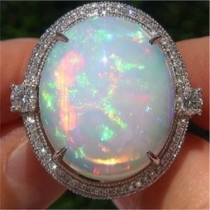 Jewelry - Exquisite Women 925 Silver White Fire Opal